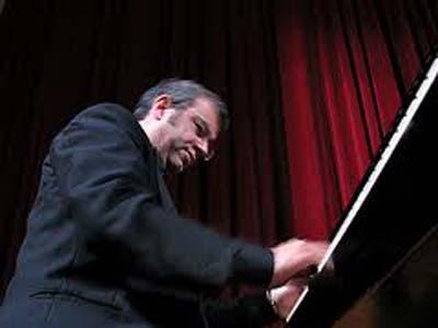 La tumultuosità di Schumann rivive con Paolo Vergari
